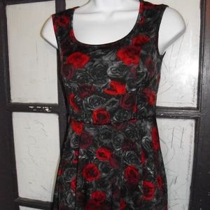 Women's Hot Topic Black and Red Rose Dress XS